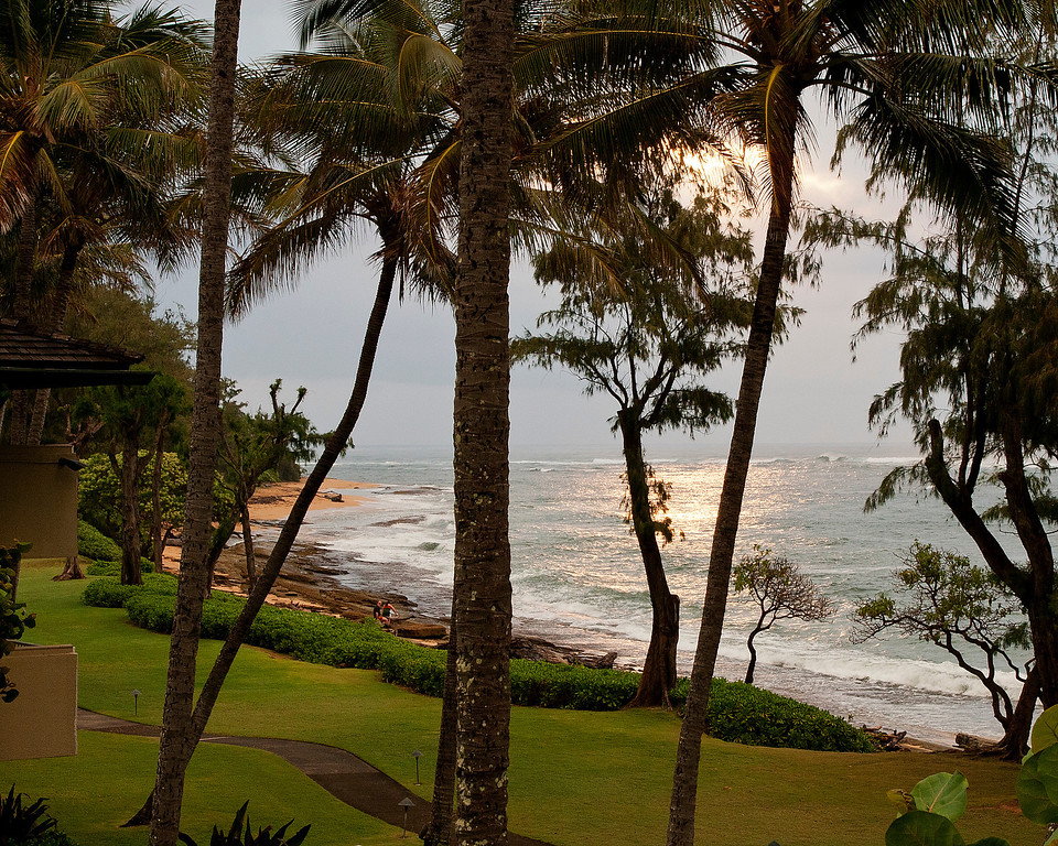IMAGE: http://billbo911.smugmug.com/Travel/Kauai-11/i-G33HbPX/0/XL/Balcony-View-XL.jpg